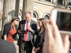 Ministerpräsident Stephan Weil stellt Spot on vor